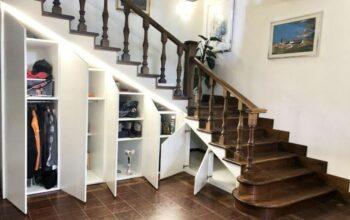 Gabinete embaixo da escada, antes e depois